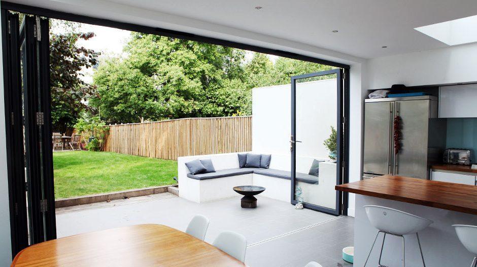 Fancy-Folding-Sliding-Doors-D77-On-Simple-Home-Interior-Design-with-Folding-Sliding-Doors-e1527173289830